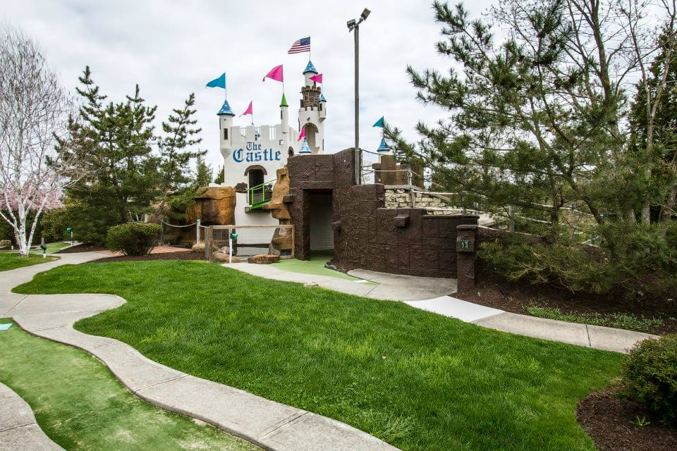 mini-putt-putt-golf-castle-fun-center