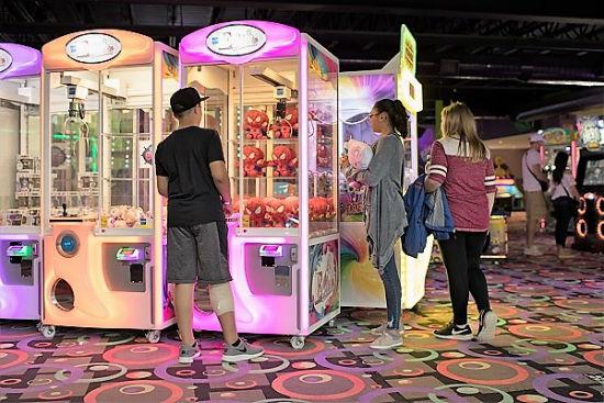 Arcade Crane Games At The Castle Fun Center